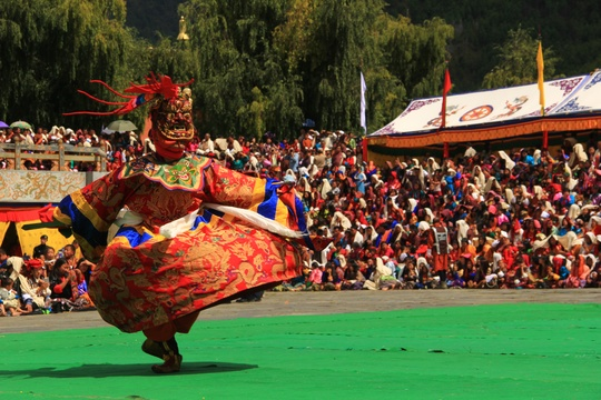 Thimphu Tshechu, Bhutan Festival, Bhutan Travel Tips, Travel Rules to Bhutan, Dressing Code in Bhutan, Dos and Donts While Bhutan Travel