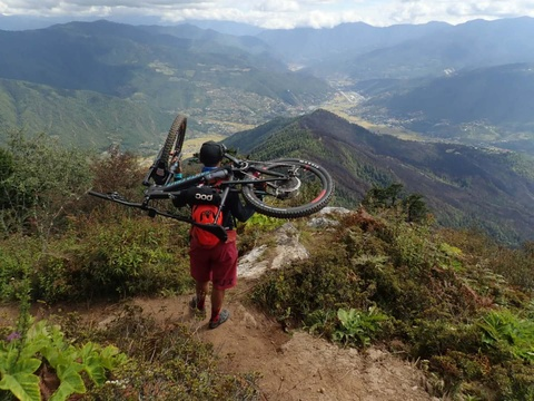 Mountain Biking in Bhutan, Sports Adventure in Bhutan